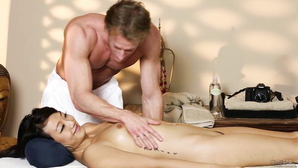 asiatica la masaj