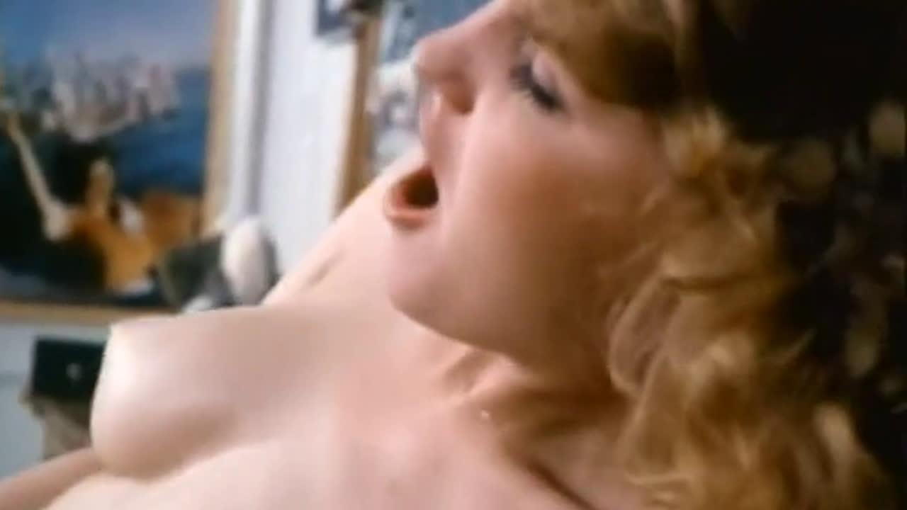 Twerking on cock